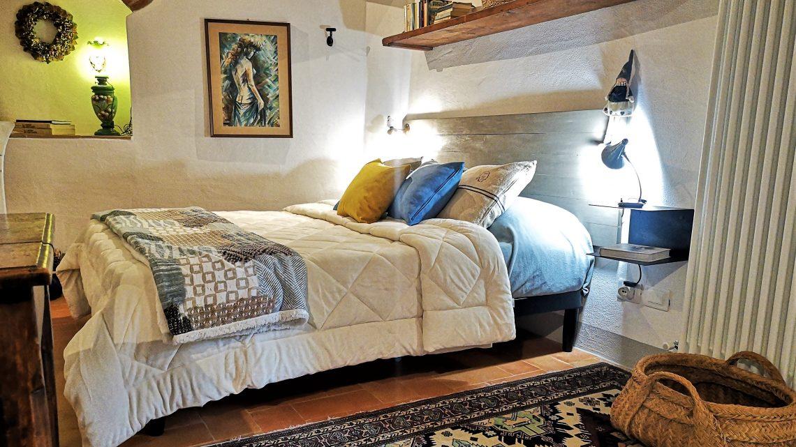 CASA TORTA Monticchiello letto2